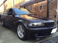 BMW 318i ツーリング Mスポ 入荷しました。